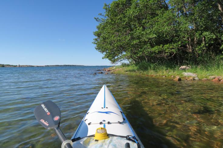 © itinérance en kayak de mer dans l'archipel d'Aland en Finlande