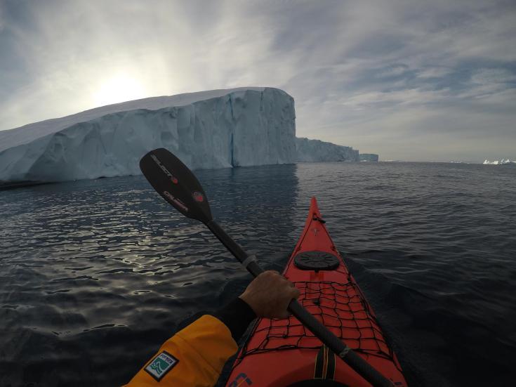 © Groenland baie de disko kayak de mer