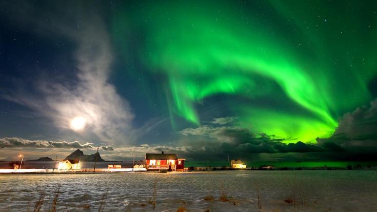 © voyage photo dans le cercle polaire pour photographier les aurores boréales en compagnie d'un guide spécialiste