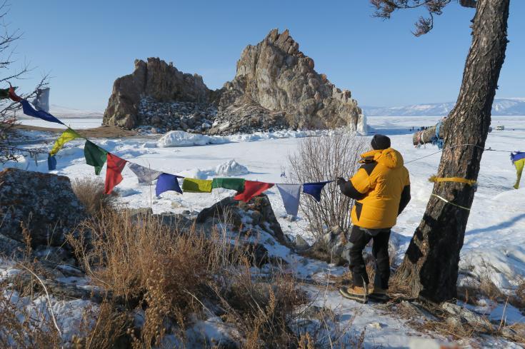 © Plongée sous glace lac Baïkal Sibérie