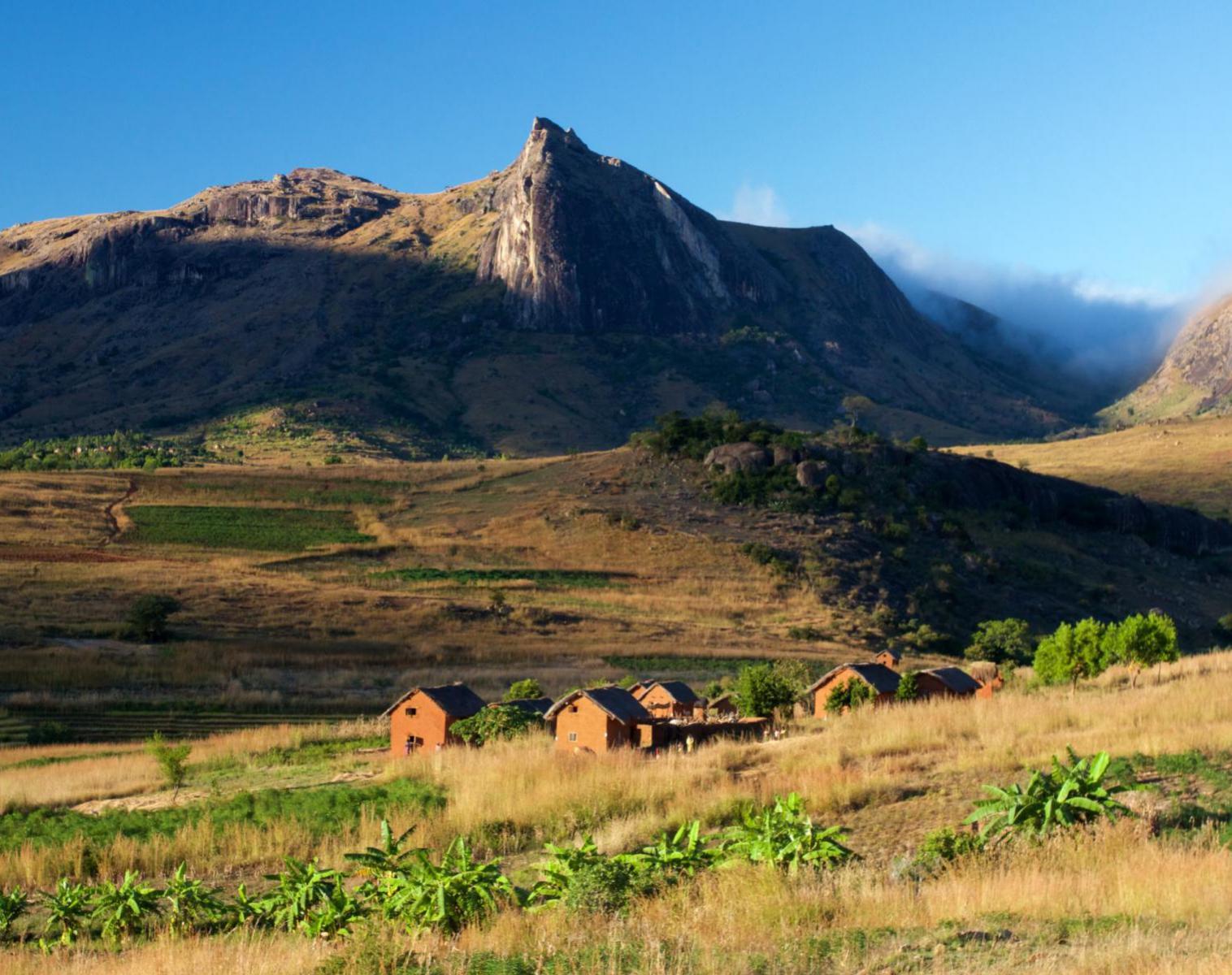 Madagascar  Randonnée Hautes Terres et savane   Découverte Trek & Randonnée
