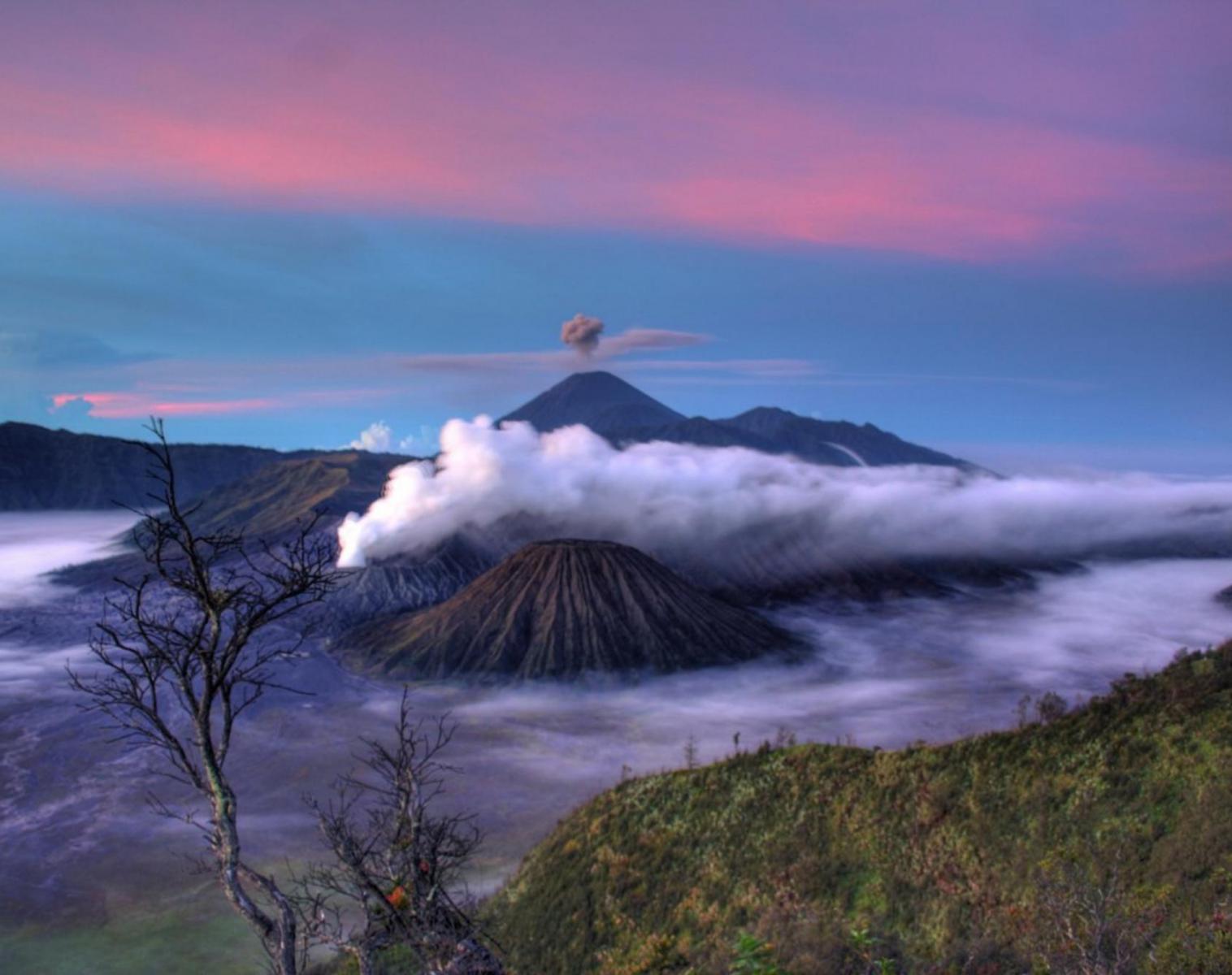 Indonésie  De Java à Bali : Entre rizières, mers et volcans   Découverte Balade nature Rencontres et cultures du Monde