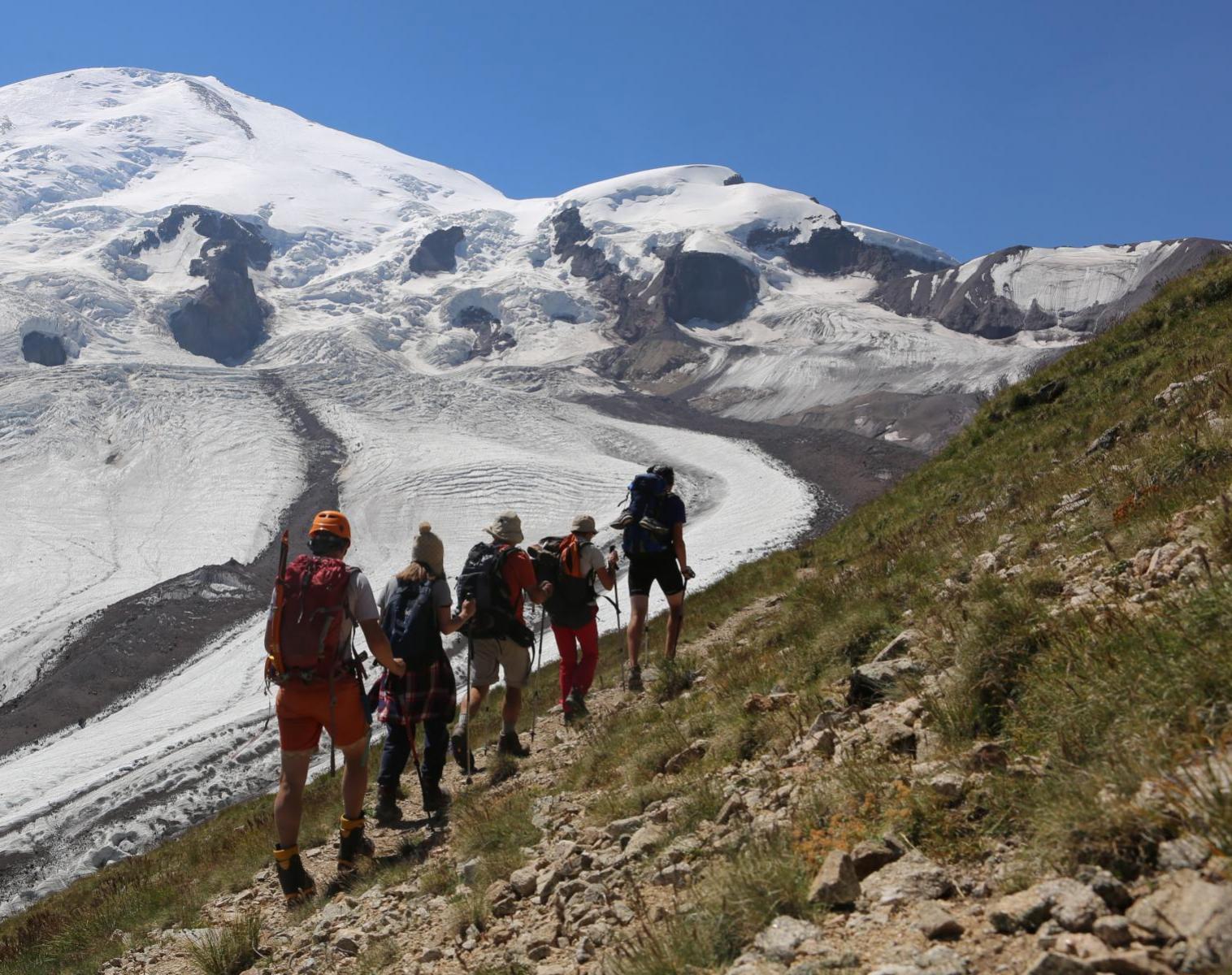 Russie  Grand trek autour du Mont ELBROUZ   Trek & Randonnée