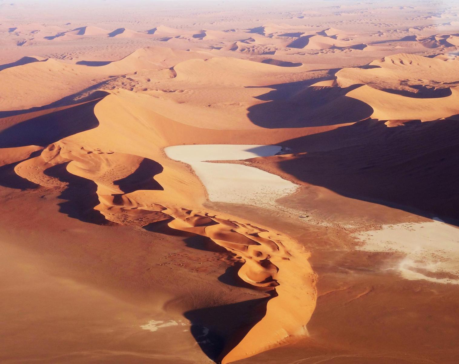 Namibie  Namibie, Autotour et Randonnée Guidée   Découverte Trek & Randonnée Observation nature Rencontres et cultures du Monde