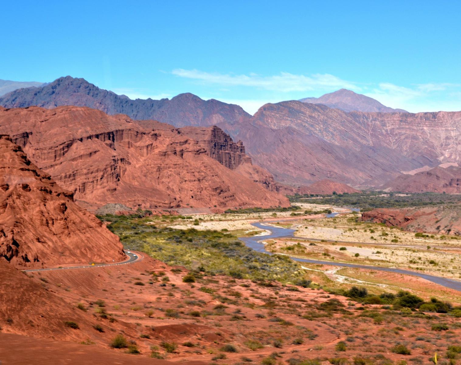 Argentine  L'Odyssée Andine Etape 5 : Ruta 40, secrets de l'Altiplano à Valparaiso    Trek & Randonnée Observation nature Rencontres et cultures du Monde