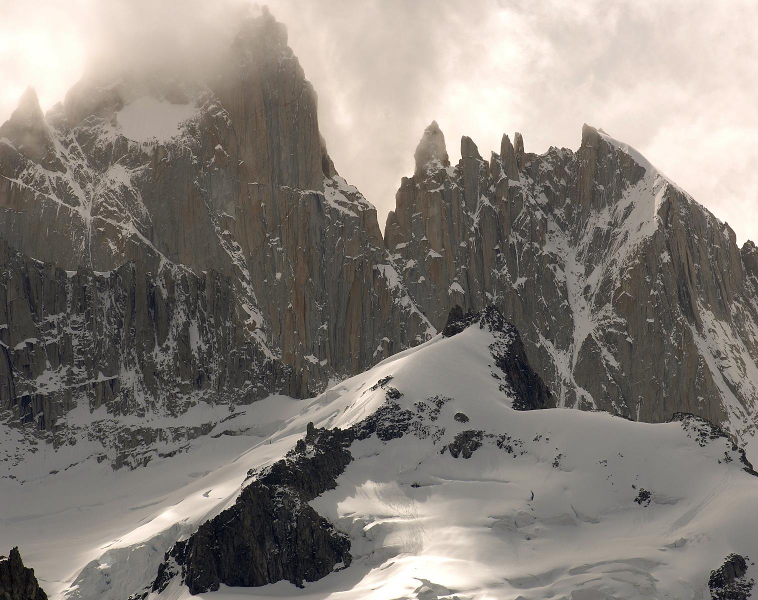 Patagonie  Patagonie, un monde de géants   Trek & Randonnée Observation nature Navigation