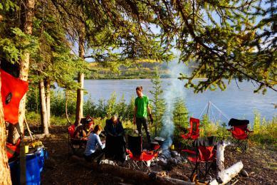 Canoé rivière Yukon Canada