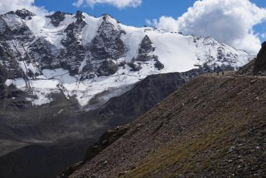 trek elbruz caucase