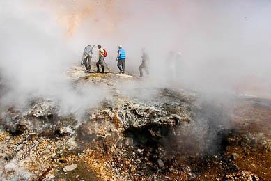 volcan en activité Kamchatka voyage aventure trek nature