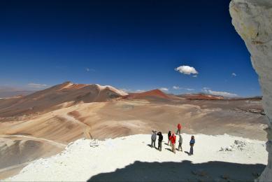 Sommet exploration désert d'Atacama Argentine volcan Llullaillaco incas