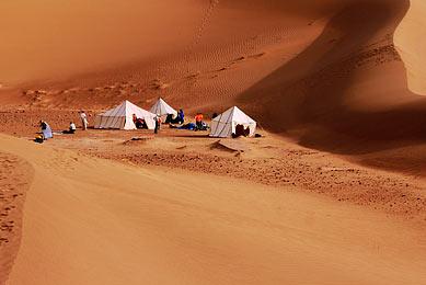 voyage initiation désert randonnée chamelière désert sud maroc