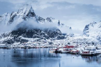 voyage en Laponie, magie des aurores boréales et du traineau à chiens