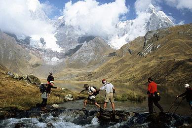 rivière trek Pérou cordillère andes glacier