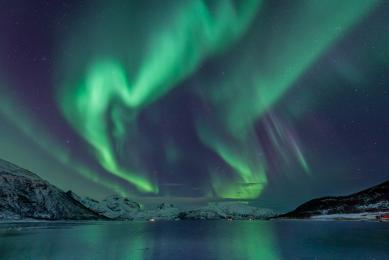 voyage photo pour les aurores boréales en Laponie, l'hiver, avec un guide français spécialiste et en tout petit groupe